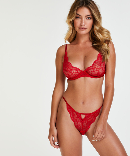 Brasileña Isabelle, Rojo