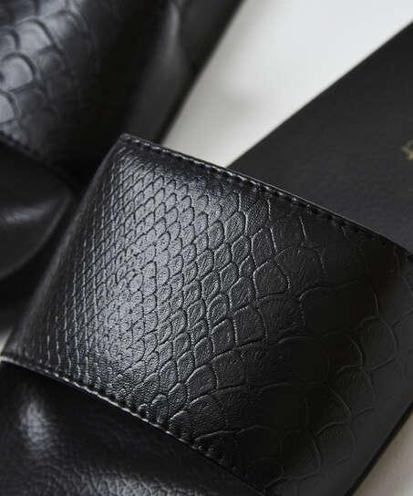 Zapatillas con estampado de serpiente, Negro