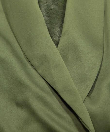 Albornoz de vellón y satén, Verde