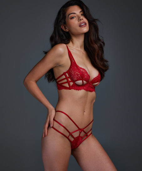 Tanga Evey, Rojo