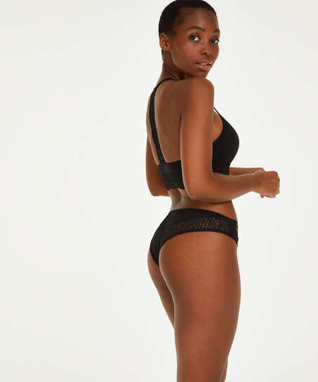 Brasileña Frederica, Negro