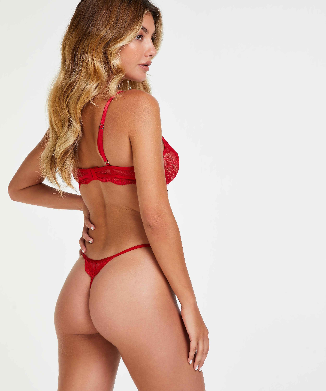 Tanga Isabelle, Rojo, main